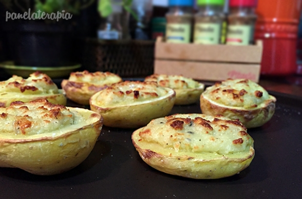 Batatinhas Recheada com Cream Cheese e Gorgonzola