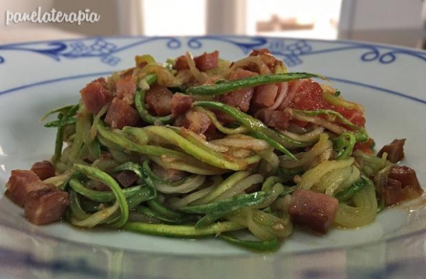 Espaguete de Abobrinha com Bacon